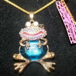 Wild Life Giggle the Sitting Frog BJ Necklace